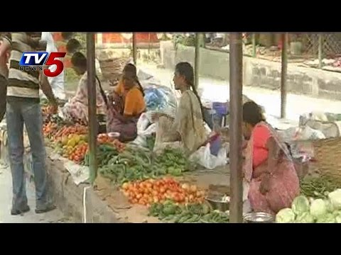 Common man worried about Vegetable prices shoot up : TV5 News