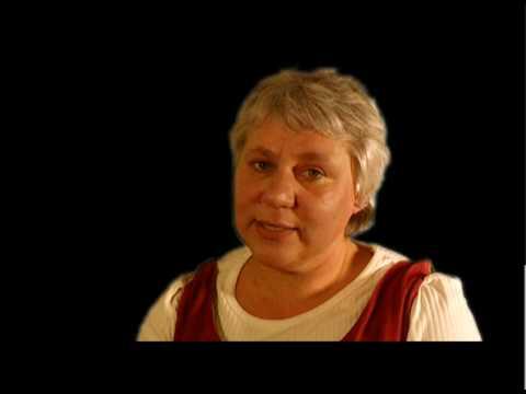 Else Marie Kristensen fortæller om et spøgelse som dufter af Gajol.