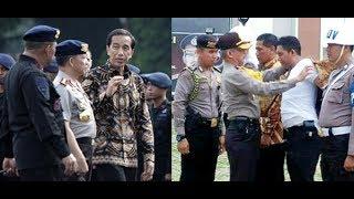 Video Presiden Jokowi Marah Besar, Sikat & Pecat Semuanya (Pungli & Preman Penghadang Sopir Truk) MP3, 3GP, MP4, WEBM, AVI, FLV Mei 2018