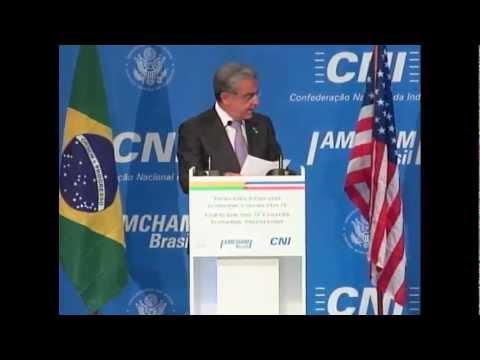 Robson Braga de Andrade recebe Hillary Clinton