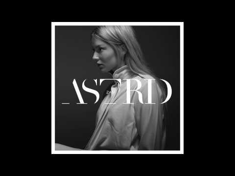 Astrid S - 2AM