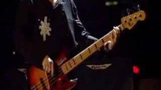 U2 - One Vertigo Tour New Year´s Day: http://www.youtube.com/watch?v=BoAChL_scxA Original of the Species:...