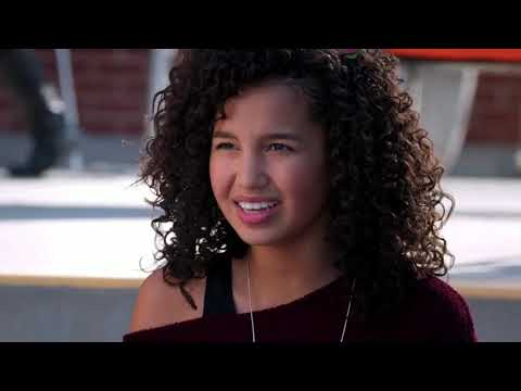 Andi Mack – She s Turning Into You clip4