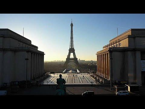 Der Eiffelturm feiert seinen 130. Geburtstag