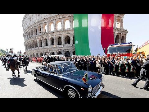 Nach Regierungschaos: Italien begeht den Nationalfe ...