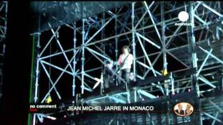Jean-Michel Jarre has been asked to make a concert as a gift to Albert II and his new wife. Tracks: 1. Intro 2. Chronologie 1 (8:32)...
