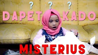 Video Dapet Kado Misterius - Saleha Halilintar Buka Kado MP3, 3GP, MP4, WEBM, AVI, FLV Mei 2019