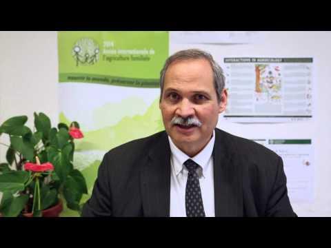 Entrevista a S.E. Arauz-Cavallini, Ministro de Agricultura Costa Rica al Simposio sobre Agroecología