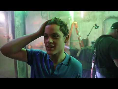 Skins (US) Behind the Scenes - Ep. 7 - Rave