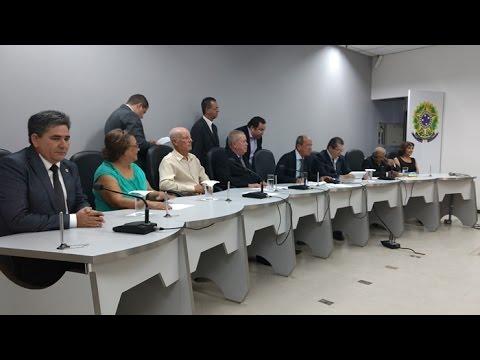 Câmara realiza sessão solene em Teixeira de Freitas