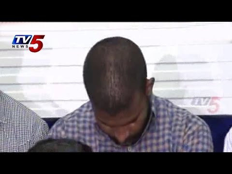 Fake Notes Gangster Yellam Goud In Front Of Media : TV5 News