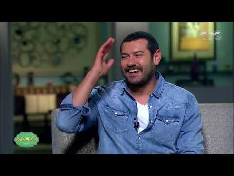 """عمرو يوسف يغني """"على حبك"""" لعمرو دياب"""