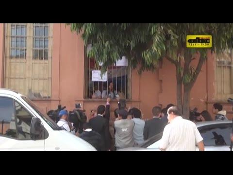 Estudiantes insisten en renuncia de Lafuente