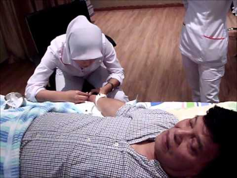 Singer and Actor Cheng Kam Cheong doing ozone therapy