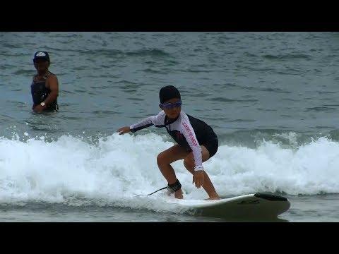 種子島の学校活動:花峰小学校サーフィン教室竹崎海岸での実践編2017年