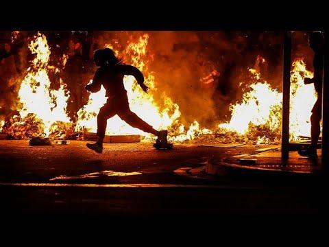 Γενική απεργία και καταλήψεις στην Καταλονία – Νέες συγκρούσεις το βράδυ στη Βαρκελώνη…