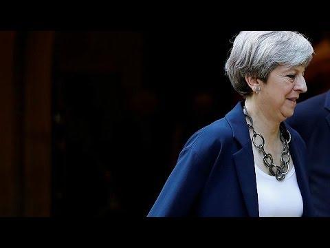Βρετανία: «Μίνι» ανασχηματισμός από την Τερέζα Μέι