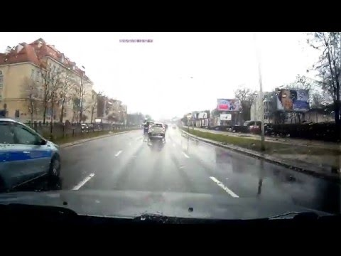 poscig-ulicami-warszawy
