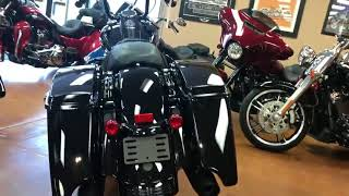 FAT Blacked out '18 Road King Special