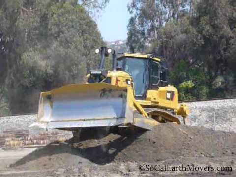 CAT D7E in action