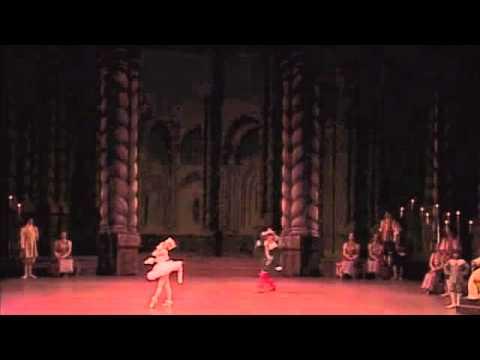 貞松・浜田バレエ団「眠れる森の美女」