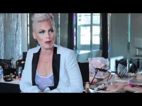 Pink Announces Release Date for New Album – Video