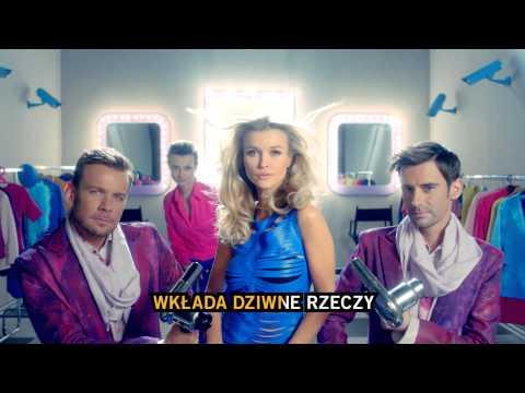 Tekst piosenki Czesław Śpiewa - Wszędzie się kręci TVN po polsku
