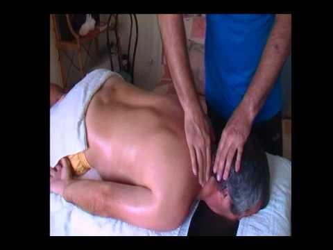 masaje descontracturante - masaje sobre tejidos profundos .