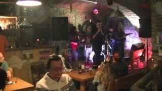 Video (Záznam z prvního koncertu kapely 2015) Weekend Voyage / Who doe