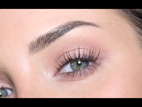 Eyelash lift, eyebrow microblading and lip tatoo reviews by Chloe Morello from Oz...