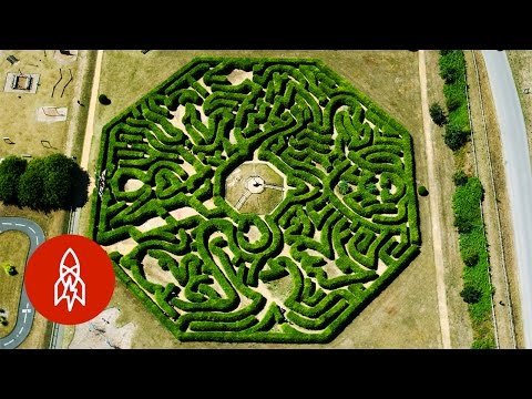Get Lost with the World s Master Maze Maker