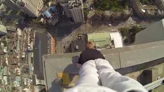 40 Story Building Climb And Handstand On The Edge!