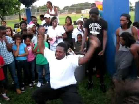 BUCWEEBOIZ - PARTY INGRAM PARK N DA LOKS-11-13-10 PT3.