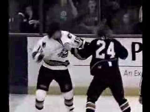 Top 10 Hockey Fights