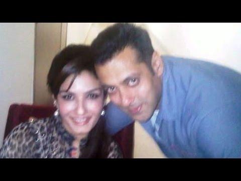 OMG! Raveena Tandon Was Angry At Salman Khan?
