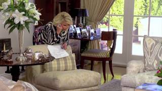 Joan and Melissa: Joan Knows Best?   Seas. 3   Ep. 2 In Bed With Joan 2/3