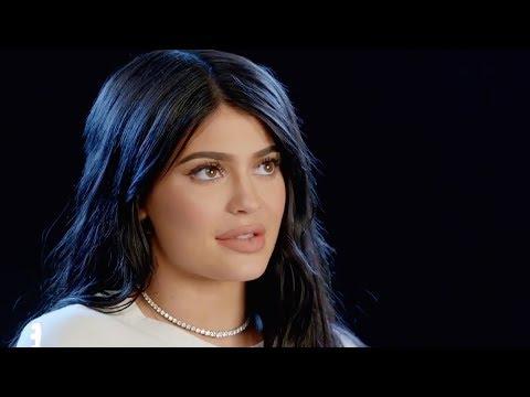 Kylie Jenner Reaction To Khloe Kardashian & Tristan Thompson Cheating Scandal | Hollywoodlife_Legjobb videók: Celebek