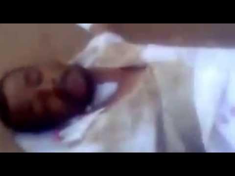 نشطاء يتداولون فيديو لمريض ملقى بالشارع أمام مستشفى أسوان الجامعي