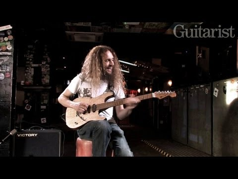 Guthrie - In this age of production-line rock stars, there's something really great about meeting a guitarist who defies easy classification. One thing Guthrie Govan i...
