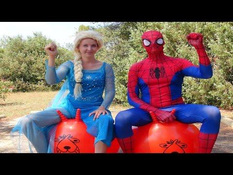 Spiderman et la Reine des Neiges   Course avec ballons sauteurs | S&E EP.20