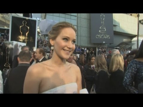 Oscars 2013: Jennifer Lawrence red carpet interview