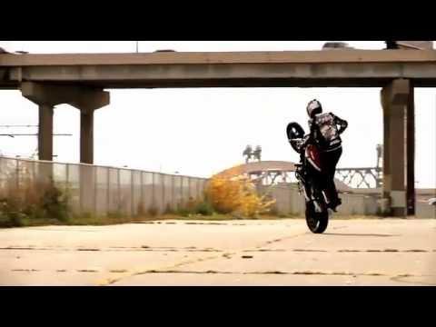 Las mejores acrobacias en moto