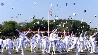 Video Momen Selebrasi dan Keharuan dalam Prasetya Perwira TNI-Polri 2019, Istana Merdeka, 16 Juli 2019 MP3, 3GP, MP4, WEBM, AVI, FLV Juli 2019