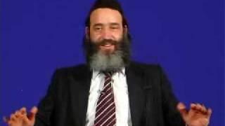 הרב פנגר שובר שולחן