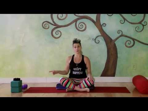 Kickstarter Gratitude Flow with Jennilee Toner (видео)