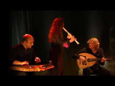 "Al Andaluz Project interprète ""Nassam Alaina Lhawa"""