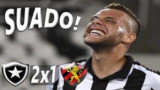 Curtam nossa página: https://www.facebook.com/LeandroSportsVideosBotafogo vence, quebra sequência do Sport e entra na zona da LibertadoresNo Nilton Santos, Alvinegro derrota a equipe pernambucana por 2 a 1 e sobe para sexto. Leão vinha de quatro vitórias consecutivasO JOGONo duelo por uma vaga no G-6, o Botafogo levou a melhor sobre o Sport, venceu por 2 a 1 no Nilton Santos, e entrou na zona de classificação da Libertadores. Em jogo animado, o Alvinegro venceu com gols de Lindoso e Guilherme. O Sport, que teve a sequência de quatro vitórias interrompida, descontou com Rithely. GUILHERME ENTRA E DECIDE O segundo tempo começou num ritmo mais cadenciado, mas nem por isso o jogo esfriou. João Paulo quase marcou no início em cobrança de falta. O Botafogo era melhor, tinha volume, mas pouca criatividade. Destaque contra o Fluminense, Marcos Vinícius teve atuação apagada. Tanto que deu lugar a Guilherme. E foi justamente o atacante que deu a vitória ao Alvinegro. Após belo passe de Roger – um dos nomes do jogo -, Guilherme chutou cruzado para marcar o segundo. O Botafogo ainda teve boas chances em cabeçada de Pimpão (defendida por Agenor) e em chute no travessão de João Paulo.PRÓXIMOS JOGOS Após dois jogos no Rio de Janeiro, o Botafogo terá dois jogos fora em sequência. Na quinta enfrenta o Atlético-PR, em Curitiba. Em seguida visita o Atlético-GO, em Goiânia. O Sport, por sua vez, terá duas partidas no Recife: Atético-GO (quinta) e Palmeiras (domingo).