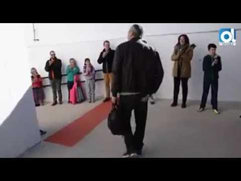 La emotiva despedida a un maestro en Zufre en la que ha estado 32 años