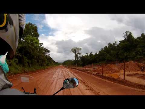 50 km de barro de moto na estrada de Barra Grande