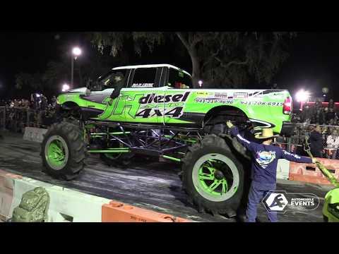 2018 Mud Trucks Tug of War - Orlando Florida